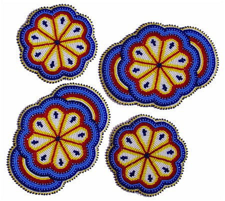 Native American Beaded Rosette Patterns http://kqdesigns.com/rosette8.htm